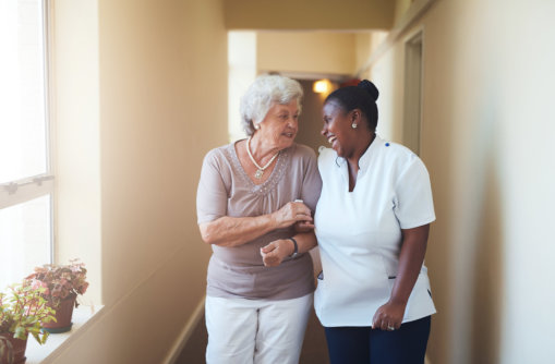 How Home Care Helps Seniors Maximize Their Independence